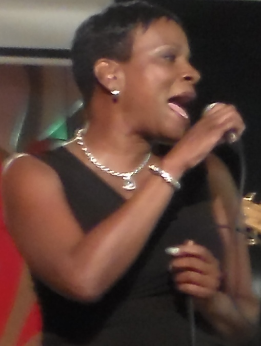 Denise Thomas live in concert